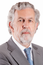 Mr José Miguel Júdice  photo