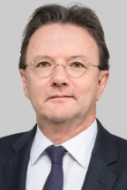 Dr Andreas D Länzlinger  photo