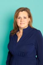 Ms Tina Braad  photo