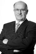 Mr Robert Saint-Esteben  photo