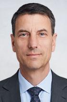 Dr Reinhold Ernst  photo
