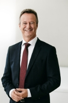 Dr Peter Bachmann  photo