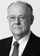 Dr Christoph Reinhardt  photo