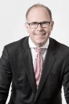 Dr Dominik Oberholzer  photo