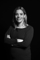 Mrs Saskia Vermeer - de Jongh  photo