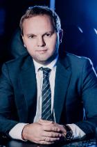 Evgeny Karnoukhov photo