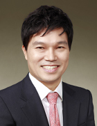 Mr Daeshik Kim  photo