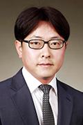 Mr Yong Hee Kim  photo