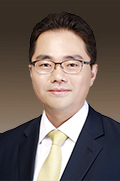 Mr Dae Young Oh  photo