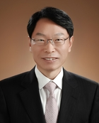 Dong Shik Choi  photo