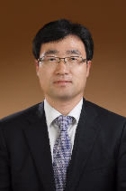 Yun Seok Jang  photo