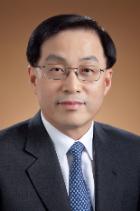 Dong Min Cha  photo