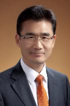 Yong Ho Kim  photo