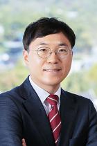 Sang Min Lee  photo