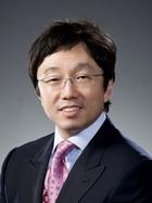 Mr Uh Young Chang  photo