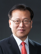 Mr Yong Sup Kim  photo