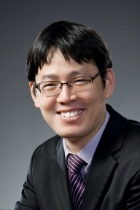 Mr Hoan Ku Lee  photo
