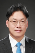 Mr Byung Hwa Lee  photo