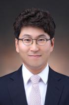 Mr Hyun Kim  photo