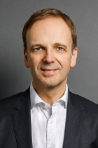 Mr Christian Harmsen  photo