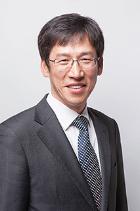 Yong Suk Kwon photo