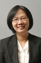 Shin Hee Kim photo