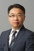 Wang Min Lee photo