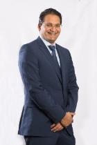 Adil Khawaja photo