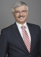 Dr Ralf Hesdahl  photo