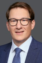 Dr Robert John  photo