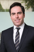 Dr Stefan Renner  photo