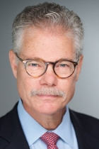 Mr Daniel J. Kramer  photo
