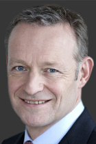 Dr Thomas König  photo