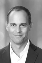 Dr Dennis Heuer  photo