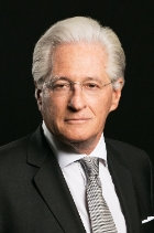 Mr Marc E. Kasowitz  photo