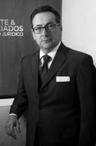 Dr Héctor Olivo  photo