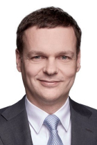 Dr Gregor Famira  photo