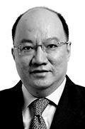 Mr Nicholas Chong  photo