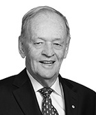 The Rt Hon Jean Chrétien QC photo