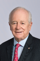 The Honorable Yves Fortier QC photo