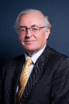 Mr Simon Earlam  photo