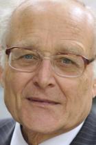 Sir Gordon Langley QC photo